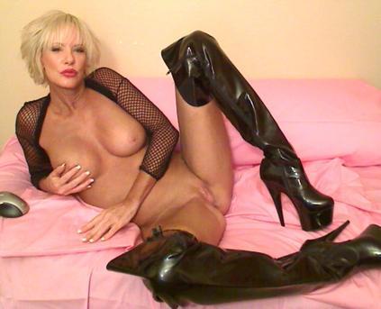 Celebrity Porn Stars - Cara Lott
